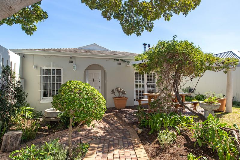 Property For Sale in Tokai, Cape Town 2