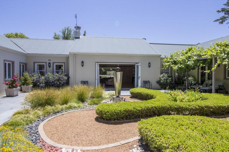 Property For Sale in Constantia, Cape Town 9