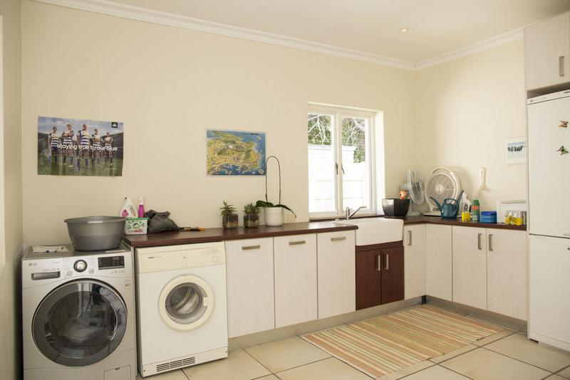 Property For Sale in Constantia, Cape Town 34