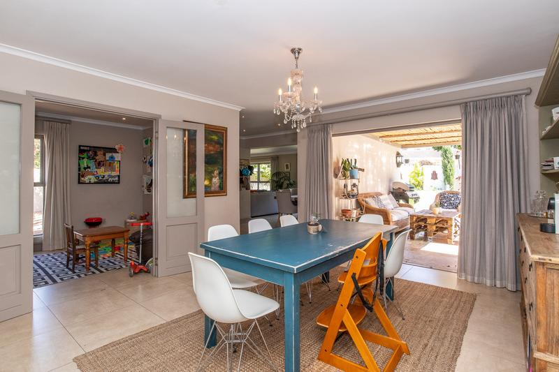 Property For Sale in Constantia, Cape Town 20