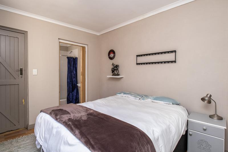Property For Sale in Constantia, Cape Town 41