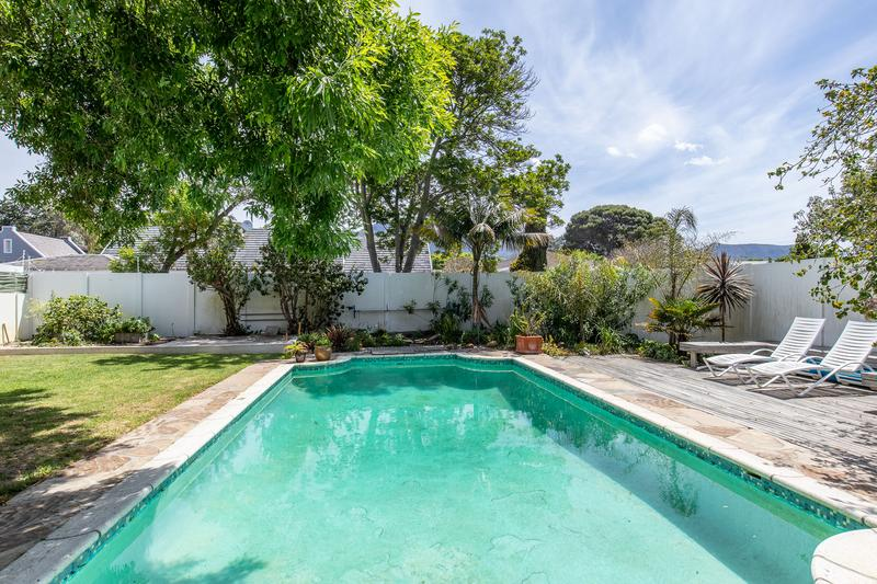 Property For Sale in Tokai, Cape Town 3