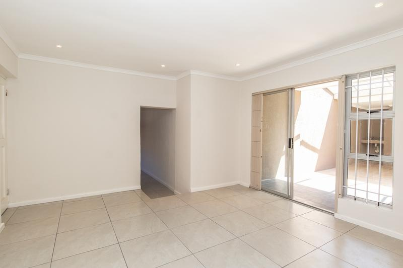 Property For Sale in Plumstead, Cape Town 11