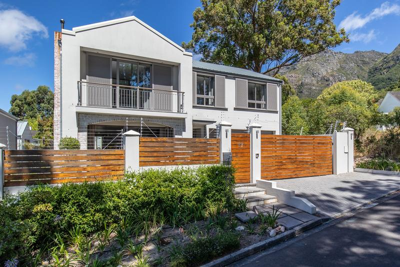 Property For Sale in Newlands, Cape Town 1