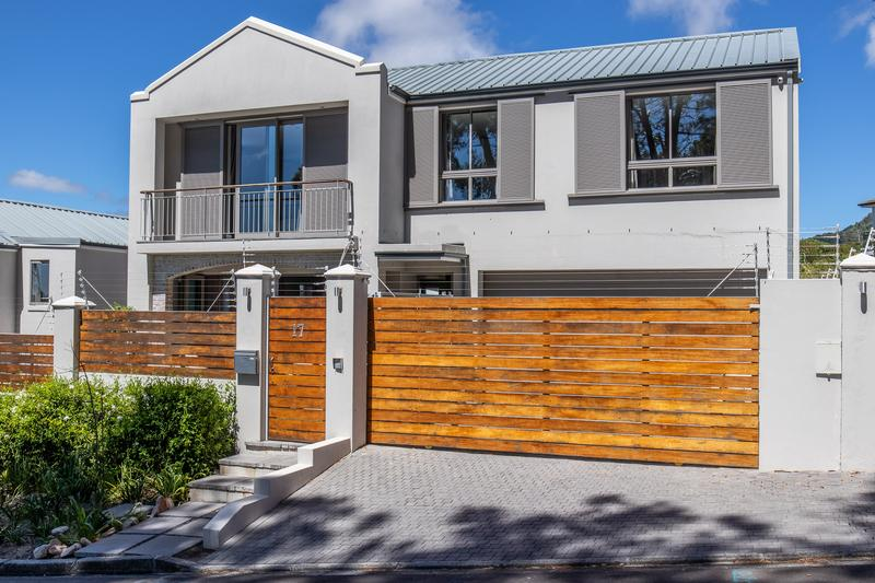 Property For Sale in Newlands, Cape Town 3