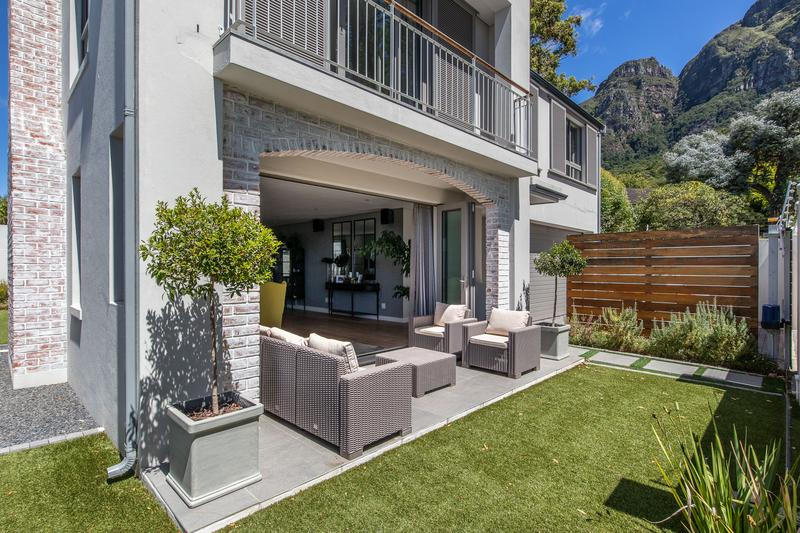 Property For Sale in Newlands, Cape Town 6