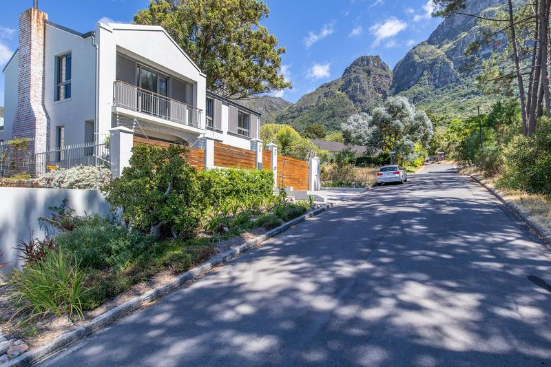 Property For Sale in Newlands, Cape Town 2