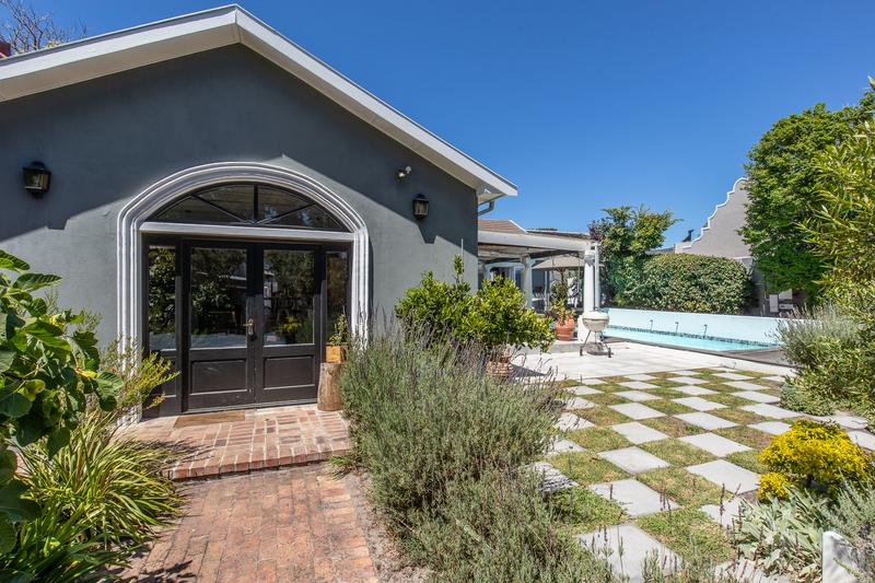 Property For Sale in Tokai, Cape Town 8