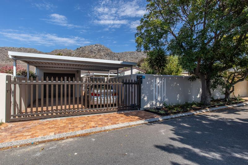 Property For Sale in Lakeside, Cape Town 27